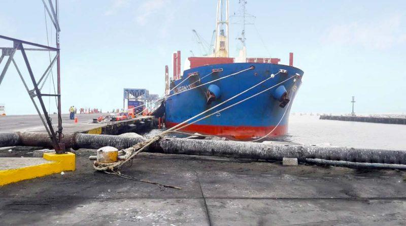 nave-puertosalaverry
