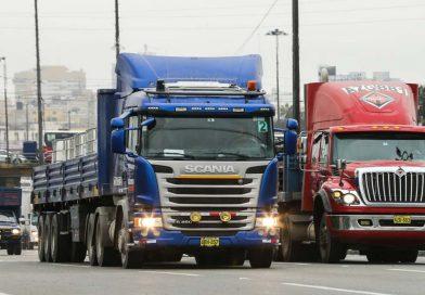 MTC evaluará impacto de aplicación del 'pico y placa' a camiones